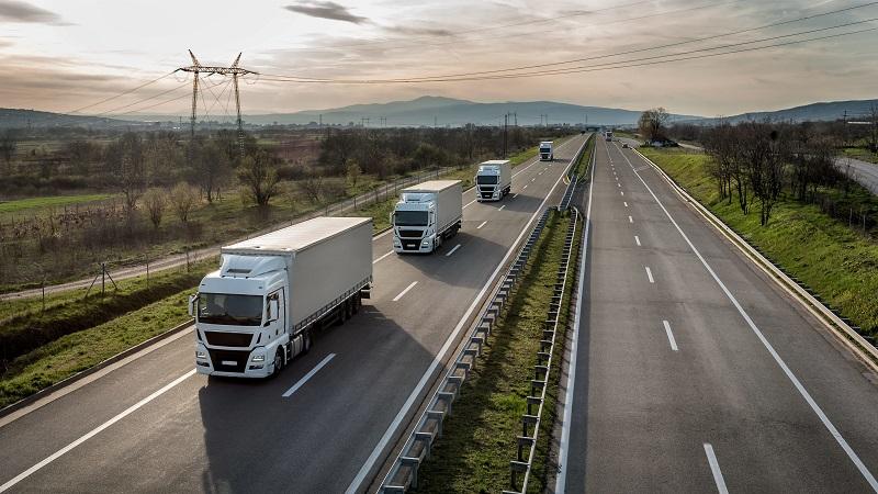 Без камиони над 12 тона по автомагистралите през лятото и по празниците през 2020 г.