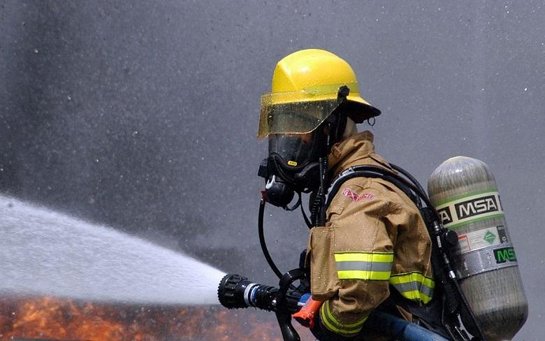Пожар с четирима загинали в дом за стари хора във Варна